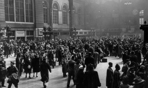 1950s: Pennsylvania Station Concourse