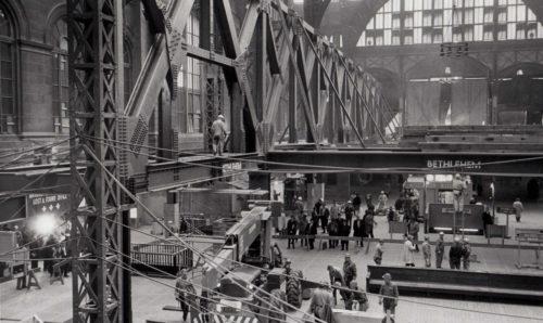 1963: Pennsylvania Station Demolition, Erecting Platform